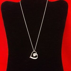 Love Knot Catch Silver Heart Necklace